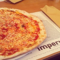 Photo taken at Imperial Pizzeria by María on 10/2/2015