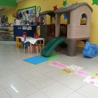 Photo taken at Fun Cuts Peluquería Infantil by Mario A. on 2/17/2013