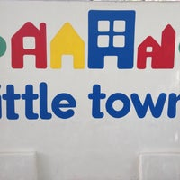 Photo taken at little Town Maternal Toluca by Daniel F. on 1/7/2015