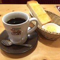 Photo taken at Komeda's Coffee by rumi on 1/23/2016