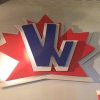 Foto tomada en Vancouver Wings por Jay G. el 11/1/2013