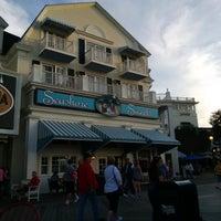 Photo taken at Seashore Sweets by BeerGeekATL E. on 12/27/2014
