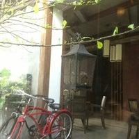 Photo taken at Wawee Coffee by Sirikorn บ. on 7/6/2013