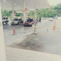 Photo taken at Shell by Coklet M. on 5/19/2016