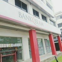 Photo taken at Bank Islam by Coklet M. on 5/23/2016