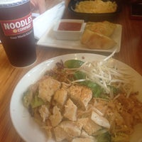 Photo taken at Noodles & Company by ليلي on 7/19/2014