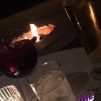 Photo taken at Fleming's Prime Steakhouse & Wine Bar by ليلي on 2/15/2015