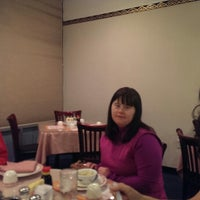 Photo taken at Wonderful Chinese by Steven R. on 12/30/2013