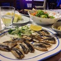 10/20/2013 tarihinde Pınar K.ziyaretçi tarafından Boğaz Canlı Balık Lokantası'de çekilen fotoğraf