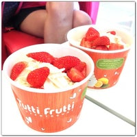 Photo taken at Tutti Frutti by Daigua K. on 12/1/2013