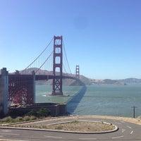 Foto scattata a Golden Gate Overlook da Tam H. il 5/31/2013