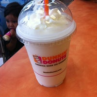 Photo taken at Dunkin Donuts by ♛♉ Mario C. on 8/7/2013