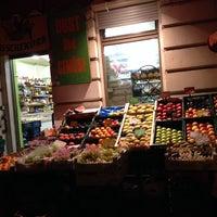 Photo taken at Asia Markt Frischekorb by fronx on 10/15/2013