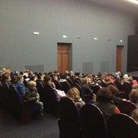 Foto tomada en Кинотеатр «Спутник» por Alexey B. el 9/28/2013