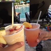 Photo taken at Snorkels Pool Bar & B.B.Q. @ Westin by Rhea R. on 11/11/2015