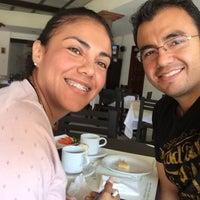 Photo taken at Café del Pueblo by Mauricio P. on 8/9/2015
