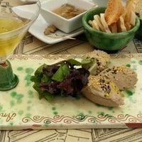 Foto tomada en Restaurante Antique por Yohay E. el 5/18/2015