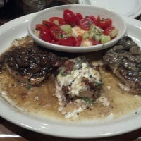 Photo taken at Carrabba's Italian Grill by Helena N. on 12/3/2013
