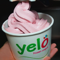 Photo taken at Yelo Frozen Yogurt by Yelo Frozen Yogurt on 7/28/2013