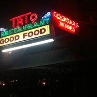 10/14/2012 tarihinde Armieziyaretçi tarafından Fox and Hounds Lounge'de çekilen fotoğraf
