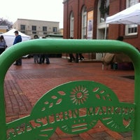 Photo prise au Eastern Market par Armie le12/9/2012