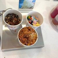 Photo taken at Mango Cup Frozen Yogurt by Cynthia D. on 8/15/2013