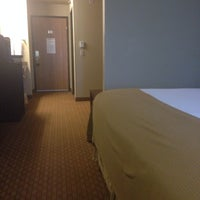Photo taken at Holiday Inn Express Wisconsin Dells by Skip M. on 5/21/2014