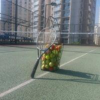 Photo taken at Avrupa Konutlari 2 Tenis Kortu by Efe Y. on 6/25/2015
