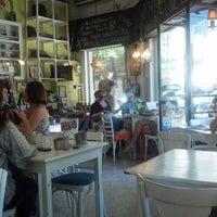 Foto tomada en Nuevo Amenabar por Chibi el 12/8/2012