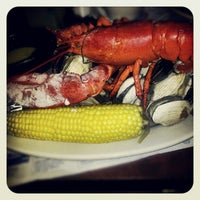 Photo taken at Legal Sea Foods - Huntington by Lindsay B. on 9/29/2012