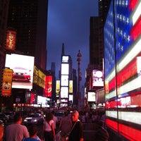Das Foto wurde bei W New York - Times Square von Annie C. am 7/23/2013 aufgenommen