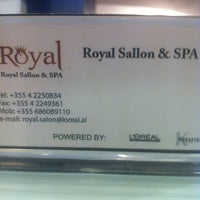 Photo taken at Royal Salon by Ola X. on 7/26/2013