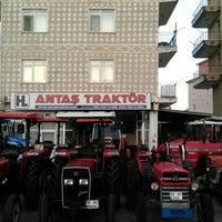 Photo taken at Antaş Traktör by Batuhan Ö. on 8/12/2016