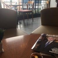 12/13/2016 tarihinde Hurmet M.ziyaretçi tarafından Cafe Nazen'de çekilen fotoğraf