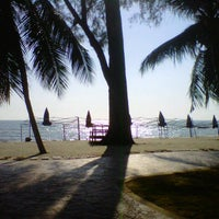 Photo taken at Pantai Teluk Kemang by Mohd Noor M. on 4/12/2013
