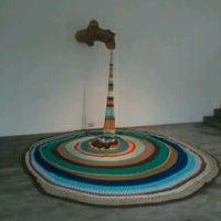 Foto tomada en Wu Galería por Ramiro W. el 10/24/2013