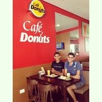 Photo taken at Café Donuts by Aryclenio C. on 5/5/2015