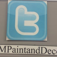 Photo taken at Erin Mills Paint & Decor Centre Benjamin Moore by Margaux on 12/20/2013
