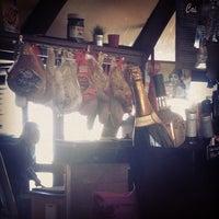 Foto tomada en Bulle Café por Kris 3. el 2/23/2013