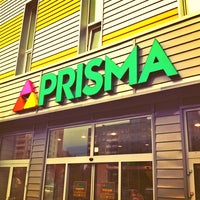 Foto tirada no(a) Prisma por Miika H. em 7/24/2013