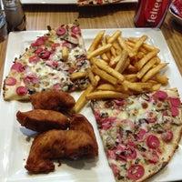 Photo taken at Pizz'us by Samet S. on 11/7/2013