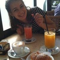 Foto scattata a Caffè al Corso da Benedetta L. il 9/9/2013