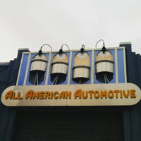 Foto scattata a All American Automotive da Torrey N. il 5/21/2015