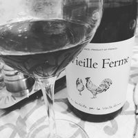 Das Foto wurde bei Wine&Food von Anya G. am 10/6/2016 aufgenommen