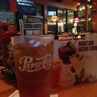 Photo taken at Applebee's by Michi N. on 8/12/2013