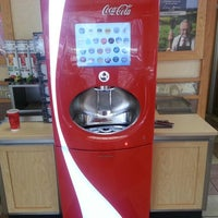 Photo taken at Wendy's by Tyler P. on 9/19/2013