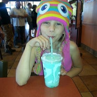 Photo taken at Taco Bell by Jjgrlmama on 5/17/2014