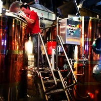 Foto tomada en Max Lager's Wood-Fired Grill & Brewery por Trader S. el 9/1/2014