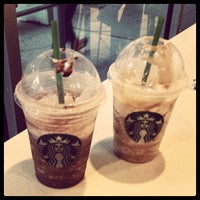 Photo taken at Starbucks by Henry H. on 8/8/2013