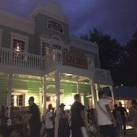 Foto scattata a Pizzeria Saloon da Bea M. il 8/17/2015